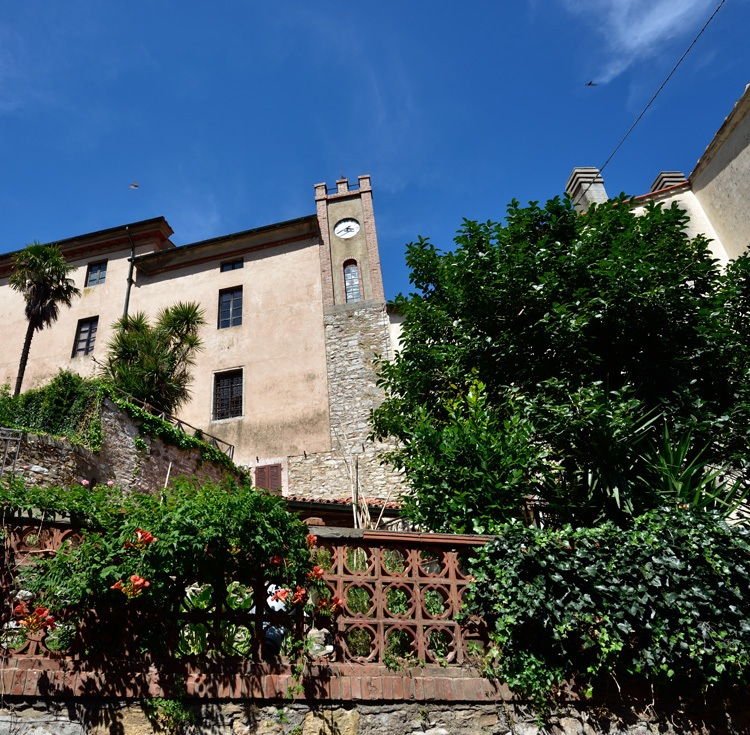 Borgo di Sassetta