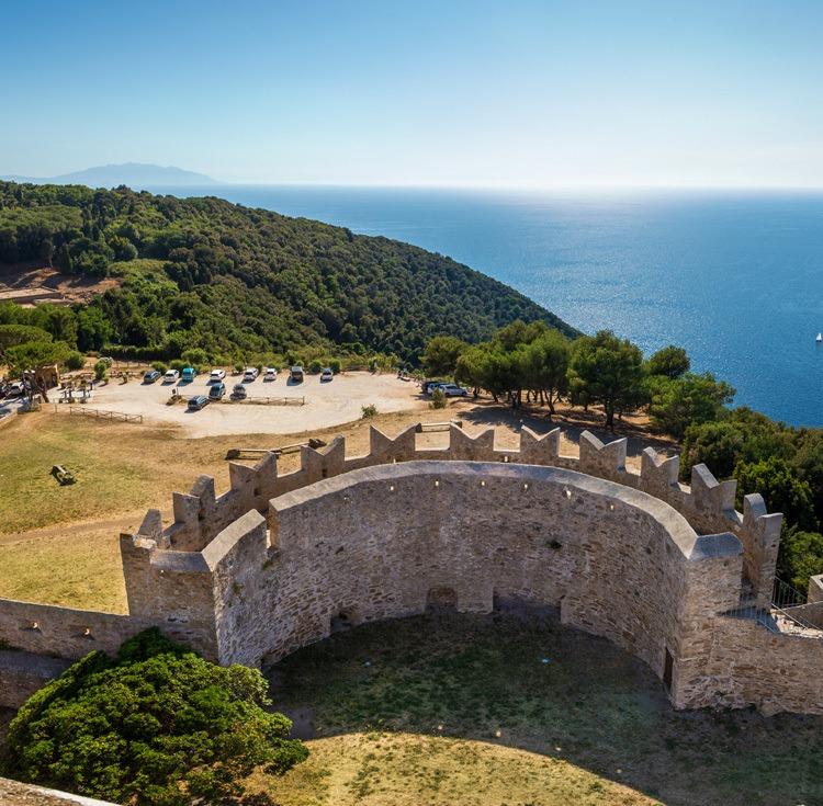 Vista dal Castello Populonia