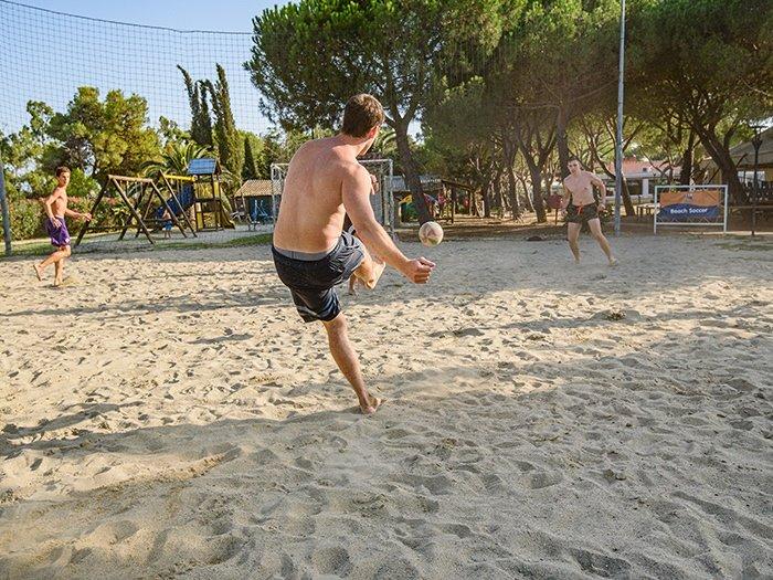calcio villaggio Toscana